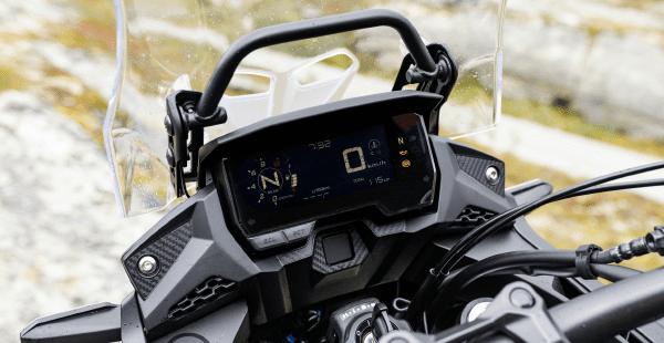 Bảng đồng hồ LCD trên Honda CB500X 2019