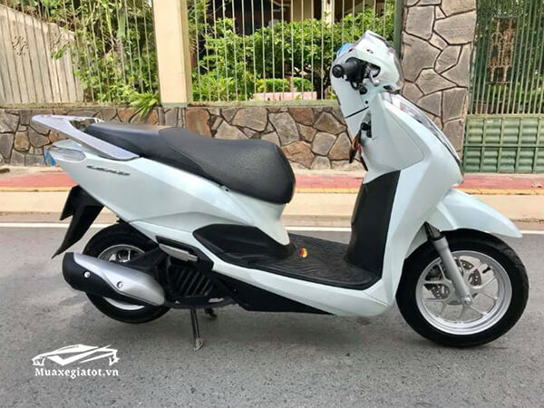 gia-xe-honda-lead-2019-muaxegiatot-vn