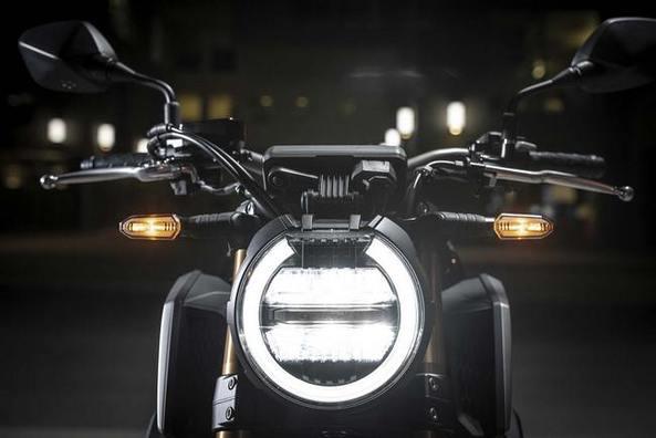 Hệ thống chiếu sáng công nghệ led Honda CB650R