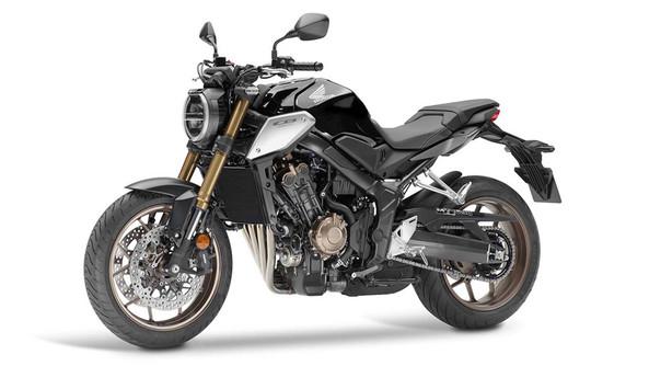 Honda CB650R gây ấn tượng về thiết kế và khả năng vận hành đúng chuẩn những mẫu phân khối lớn của hãng Honda